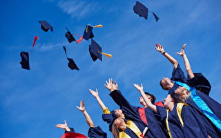 紐約公校經費最多 但畢業率平平