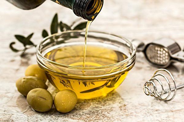 油脂嚴格來講沒有好壞之分,只因過猶不及,過的一般會被稱為「壞」,缺的則會被稱為「好」。(Pixabay)