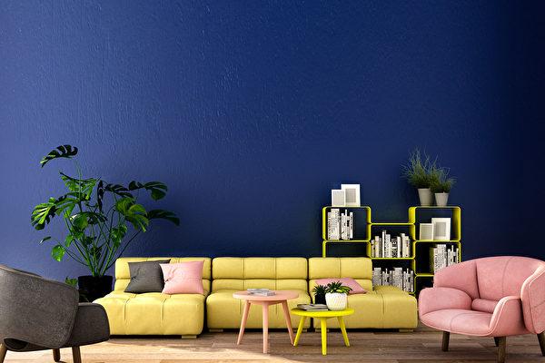 油漆是让屋子改头换面最简单的方式。如果,你最近正要挑选油漆的颜色,别错过专家分析的2020年室内设计色彩趋势。(shutterstock)