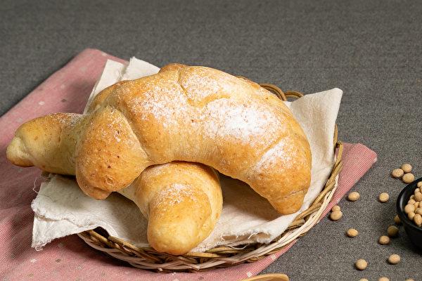 黃豆料理食譜: 黃豆奶酥麵包。(行政院農糧署提供)