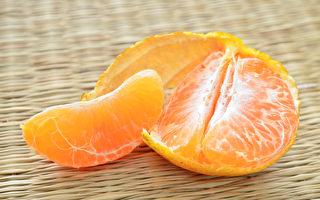 大陸多地現「染色橘子」 有化工製劑怪氣味