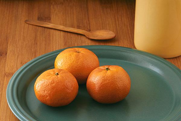 橘子营养丰富,有助于预防癌症、心血管疾病;中医看橘子亦全身是宝。(Shutterstock)