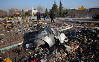 乌克兰客机坠毁 伊朗拒将黑匣子交给美国