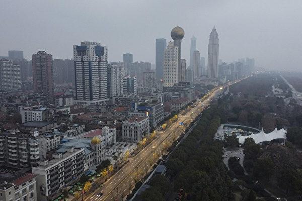 中共肺炎疫情嚴重 上海201座公園閉園