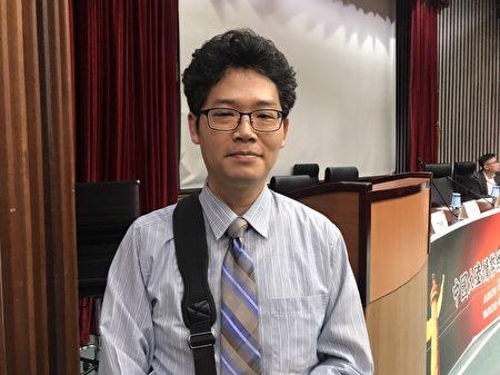 政大東亞所副教授王韻6日表示,中共高壓迫害的政策,面臨很大的國際負評,習近平應該思考,2020這條路還能走下去嗎?符合中國利益嗎?