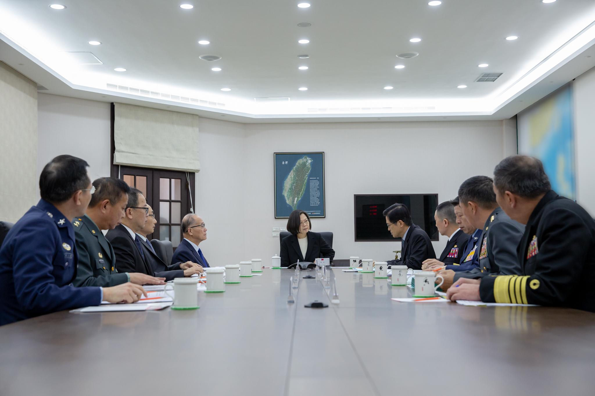 蔡英文召開國防會談 追晉沈一鳴一級上將