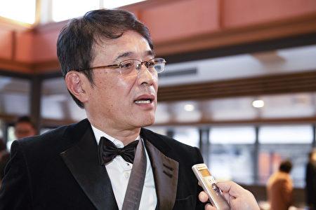 會計事務所老闆川端雅彥(Kawabata Masahiko)觀看1月3日京都的下午場演出,確信一個真正的中國就要誕生。(岡田美穗/大紀元)