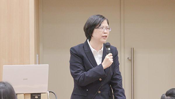 圖為台灣國際器官移植關懷協會法律顧問朱婉琪律師,於2019年11月30日在日本東京大學聯合主辦的針對器官販運及移植旅遊的亞洲研討會,詳細介紹了台灣2015年成功對《人體器官移植條例》的修法。(新唐人提供)
