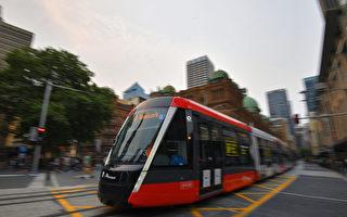 一輕軌在悉尼市政廳拋錨 9車乘客亂作一團