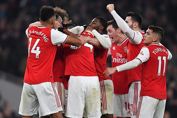 英超第21轮 阿森纳主场2:0胜曼联