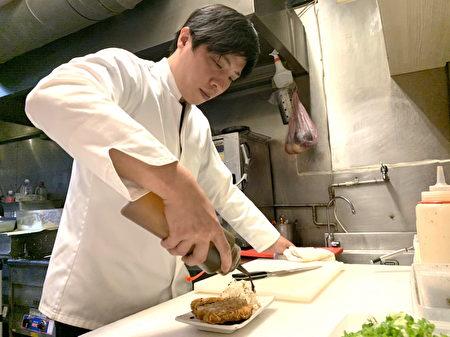 客人喜愛的「呂師傅」呂欣融要求每一道餐點都是真材實料。