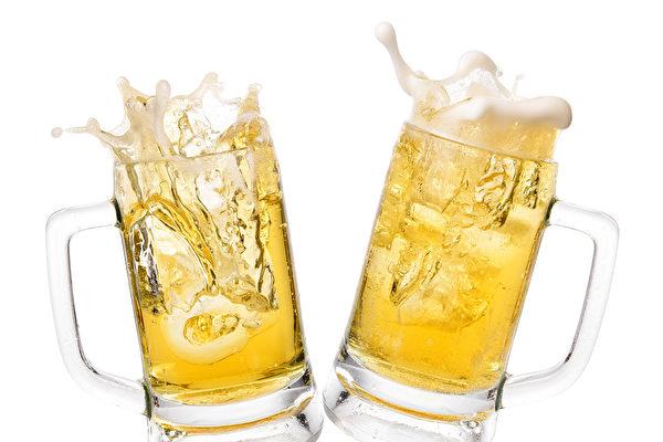 為了讓丈夫戒酒 墨西哥女子在酒裡加料