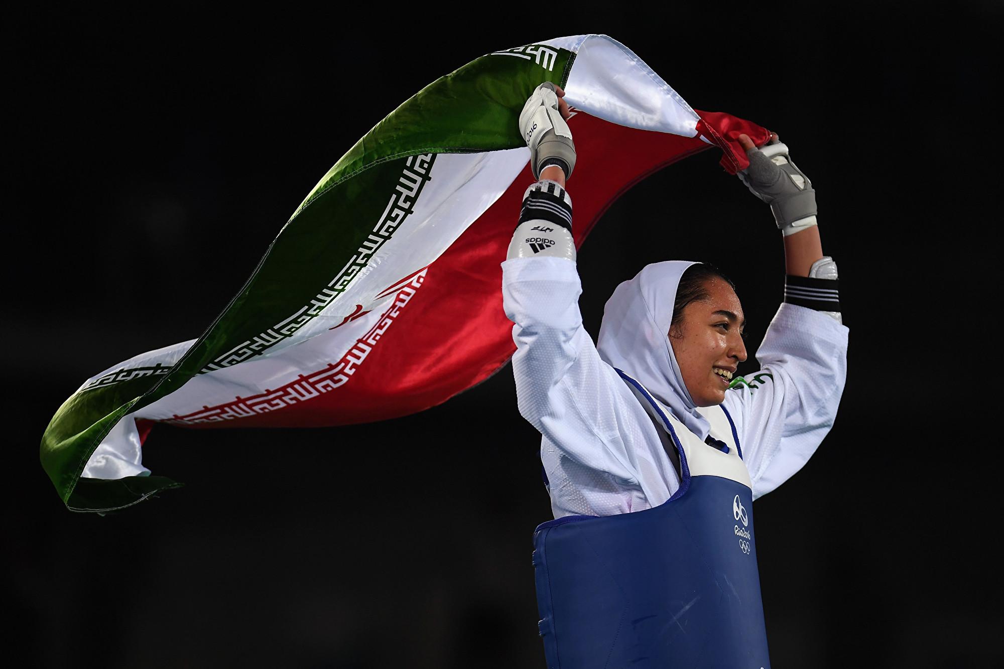 不滿伊朗政權 唯一奧運奪牌女運動員出走