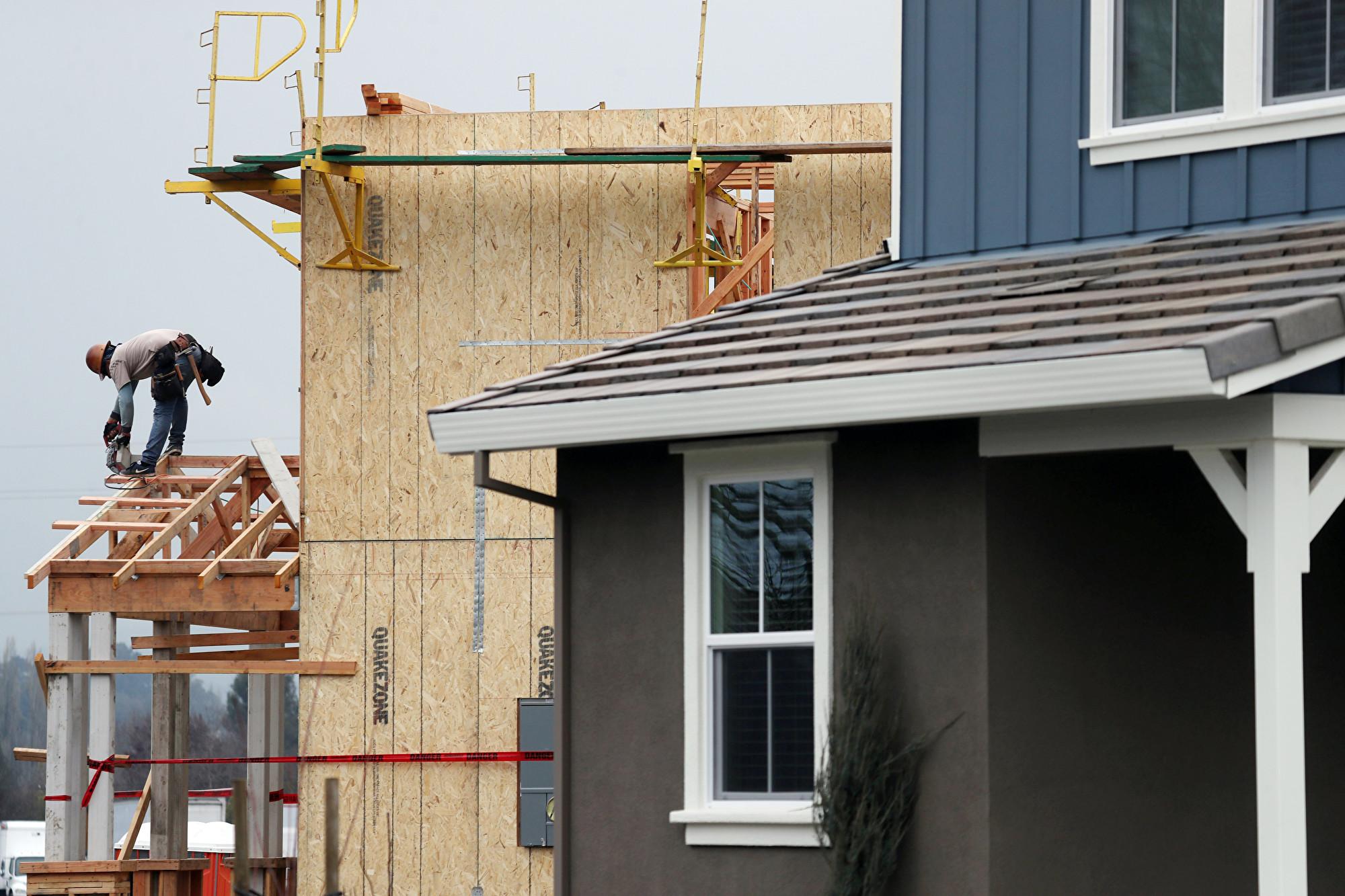 美國房屋建築上月飆升至13年最高