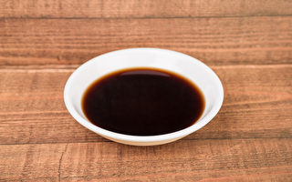 食醋(包括果醋)有清腸排毒、改善便秘等功效。(Shutterstock)