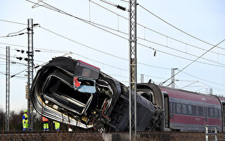 意大利北部发生火车出轨 2死多人伤