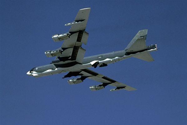 美軍戰機分兩路繞飛台灣 學者:罕見態勢