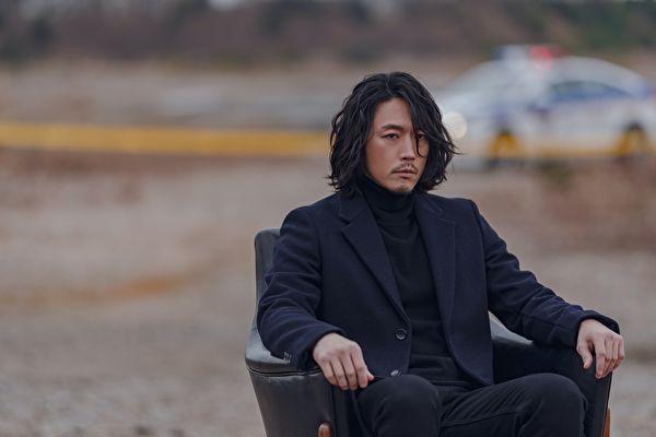 张赫《如实陈述》扮职业侧写师 犹如柯南上身