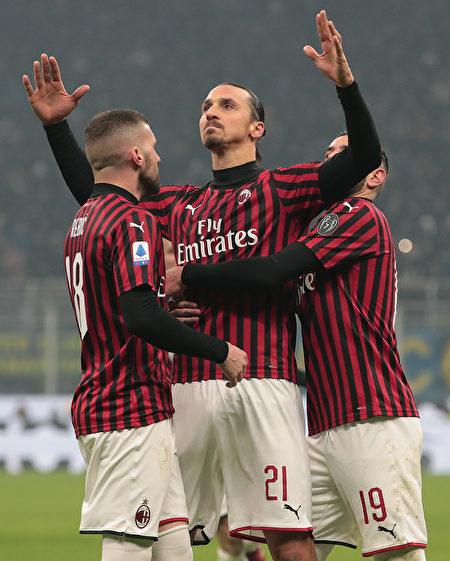 38瑞典前伊布拉希莫维奇(Zlatan Ibrahimovic)
