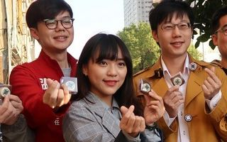 台湾中选会:黄捷罢免案成立 明年2/6投票