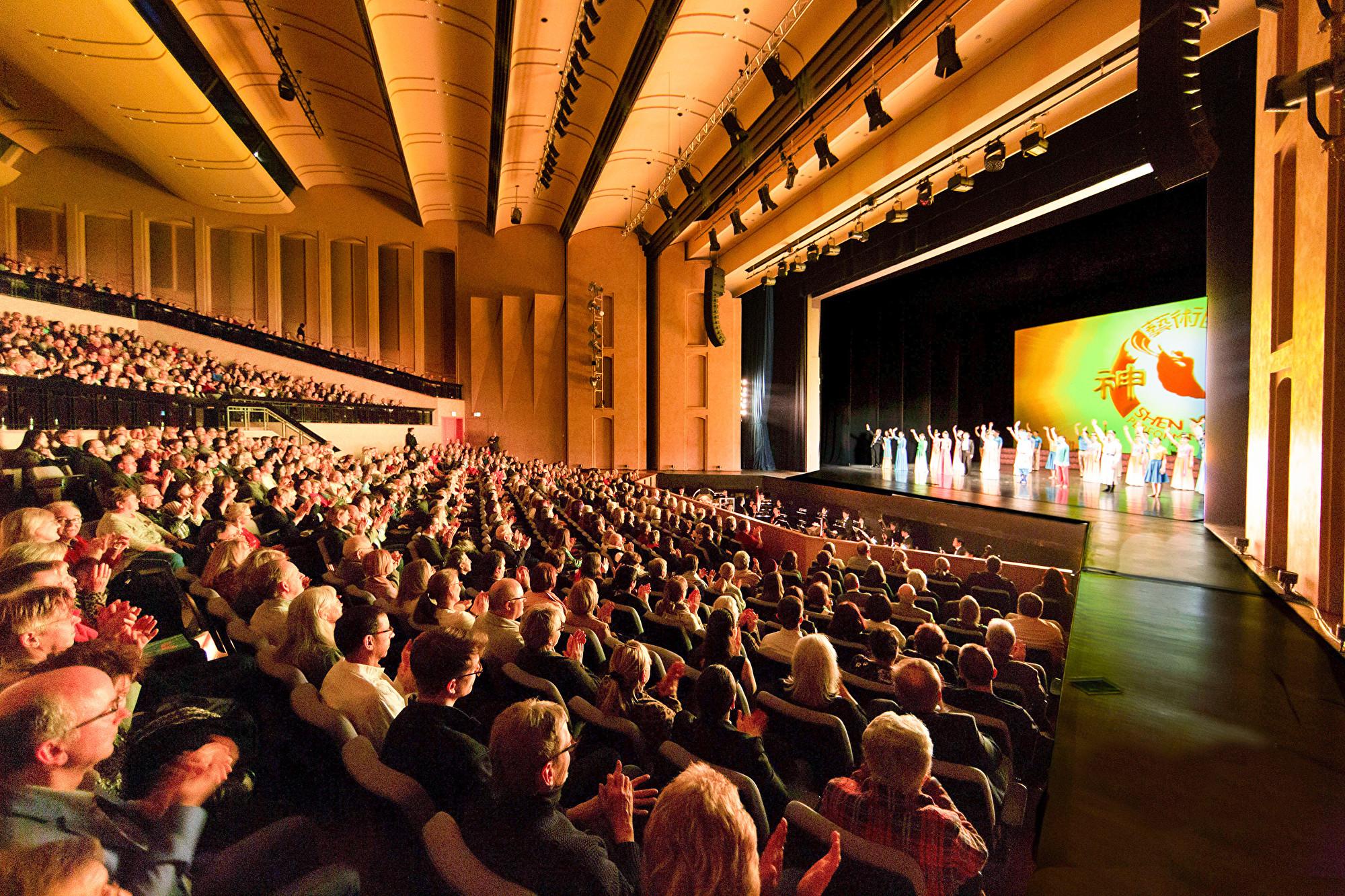 中共干擾神韻德國演出 被劇院拒絕