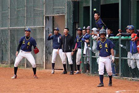 仁义晋级高中木棒联赛12强,将拼队史首度8强,请大家2/28早上九点前往嘉义县稻江棒球场为仁义高中加油打气。