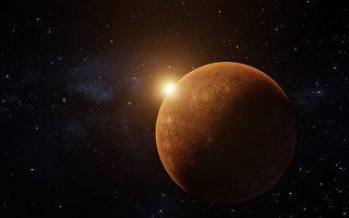 「巨嬰」行星已有10倍木星大 還在長