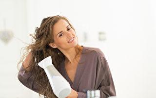 在家自己做造型 美发达人传授护发和吹发技巧
