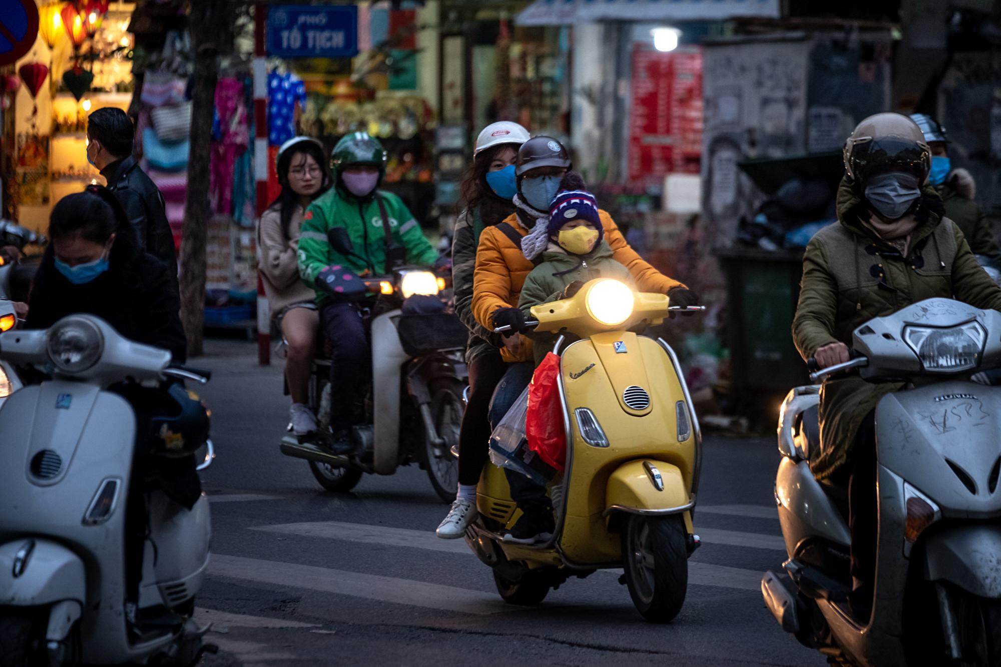 武漢肺炎疫情升級 越南交警酒測有新招