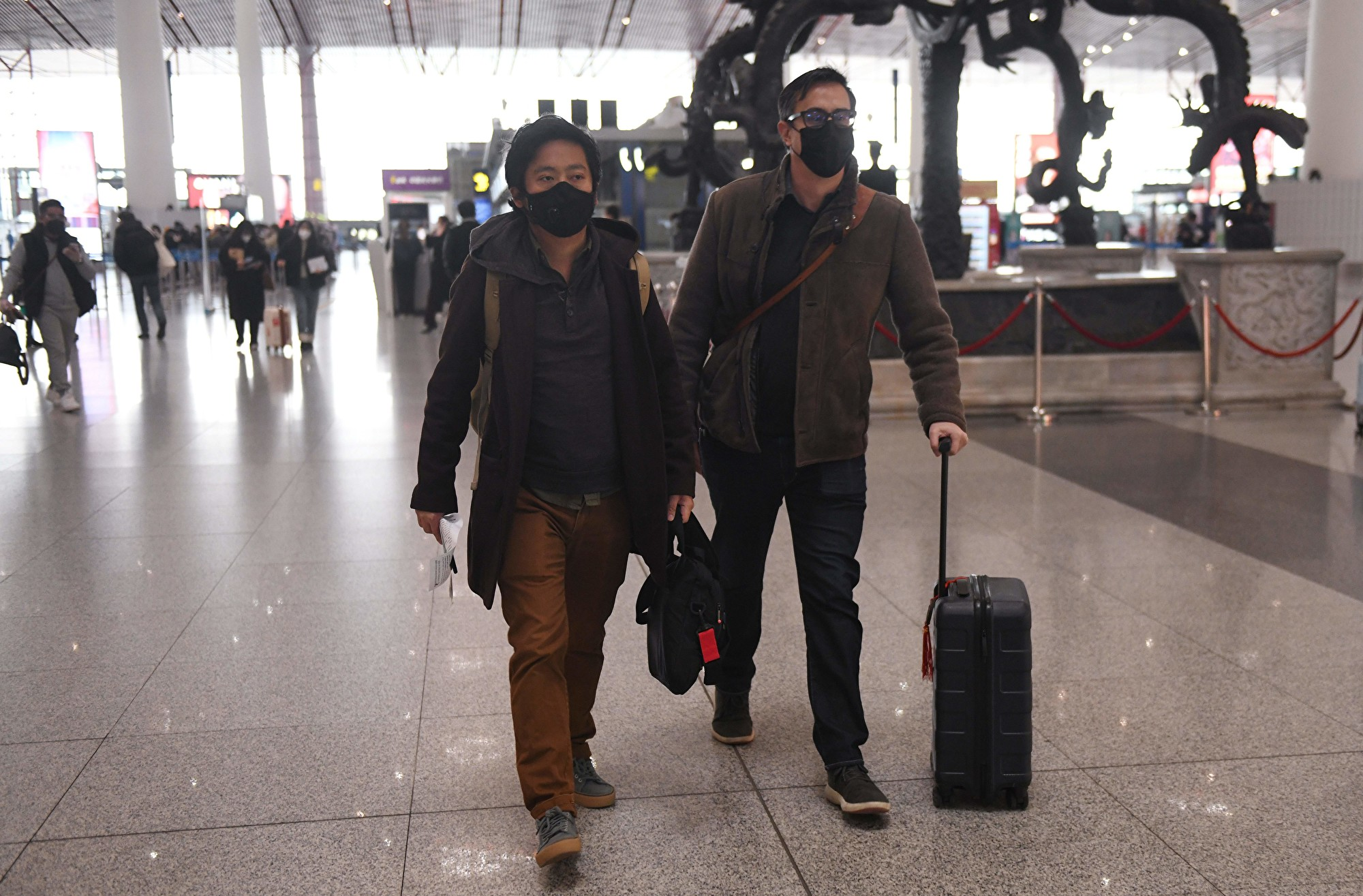 中共打壓美媒 傳美考慮驅逐數百中國記者
