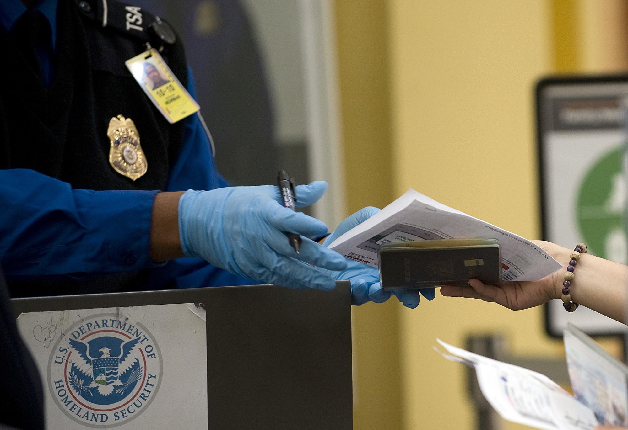 10月1日起 搭美國內航班要有新ID