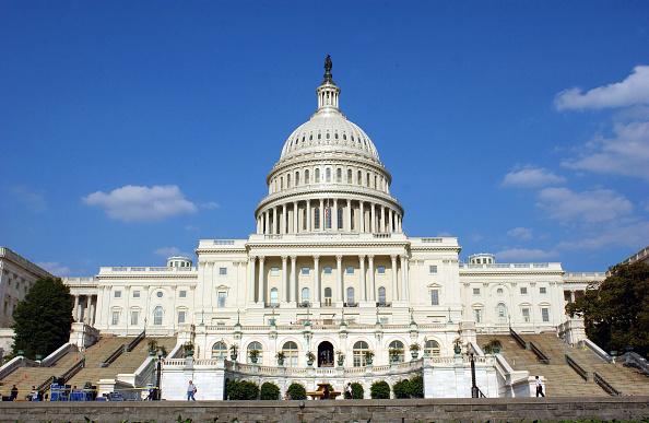 美國務院列五中共媒體為外國使團 獲兩黨支持