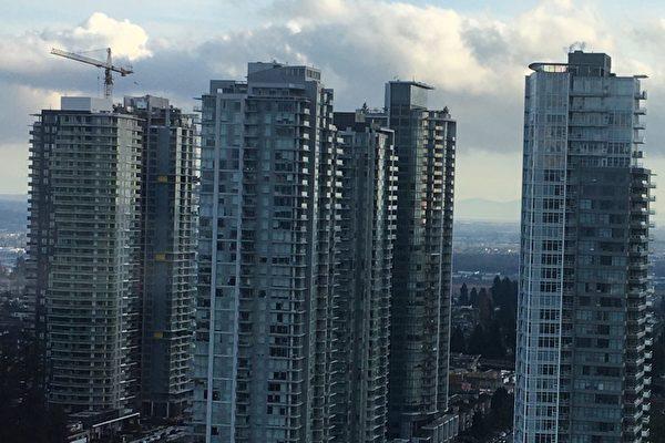 图为高楼林立的温哥华