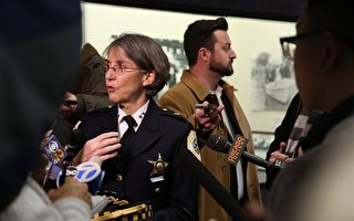 旧金山湾区奥克兰警察局长被解职 近二百警察送别