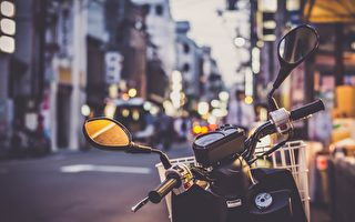 墨尔本新政:繁忙人行道禁停摩托车