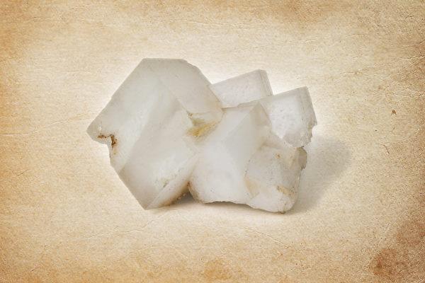 用青鹽直接塗在痛處,也可以將青鹽水含在痛牙五分鐘,可減輕牙痛。(Shutterstock)