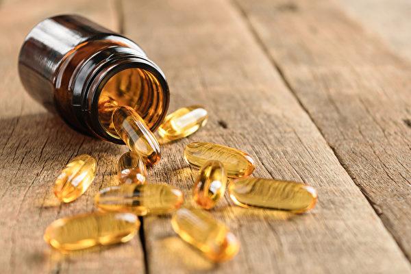 从食物中提取的营养补充品如维生素E、保健食品等,真的天然、对健康有益吗?(Shutterstock)