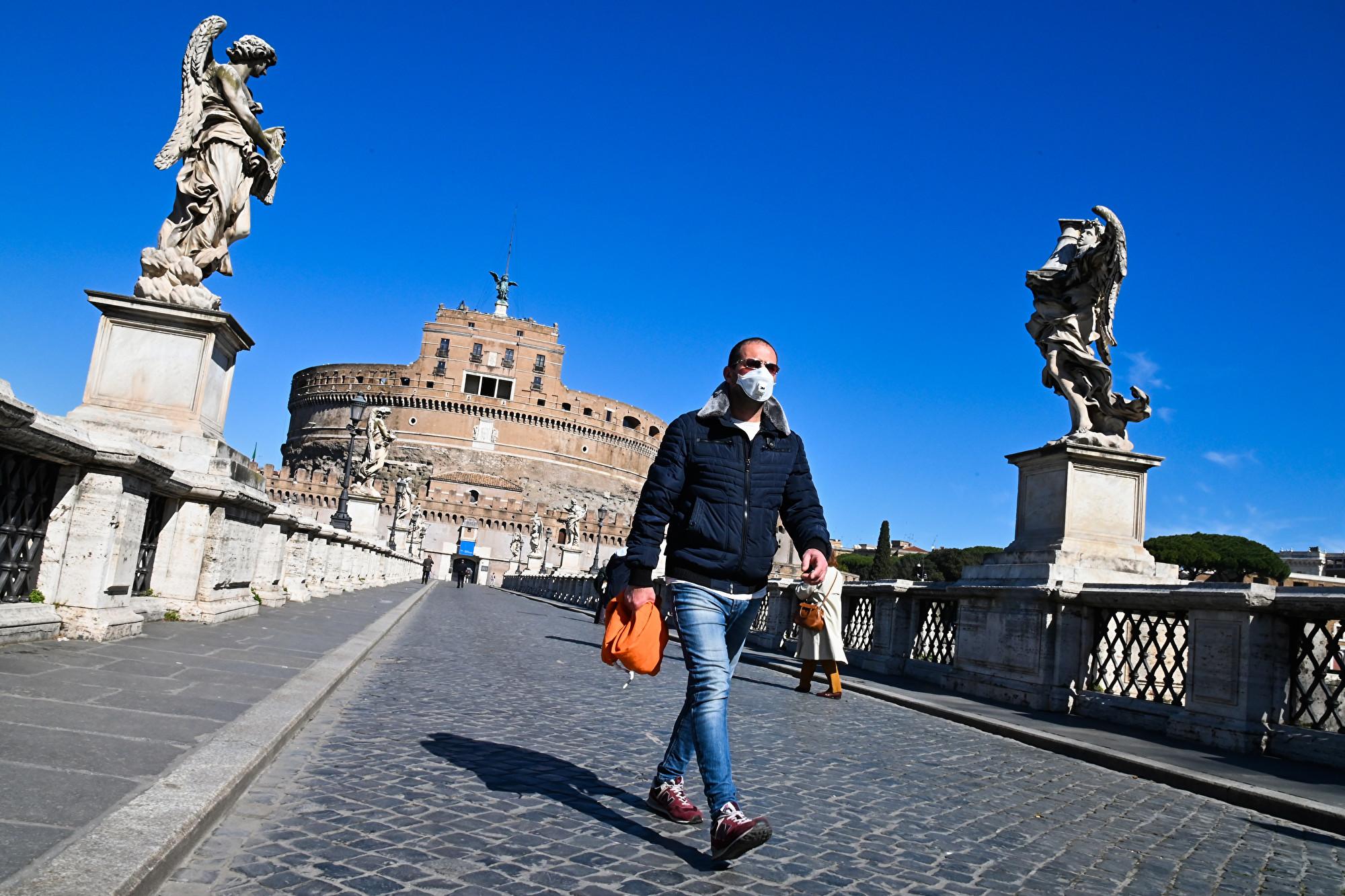 意大利一日2000多例確診 死亡近200人