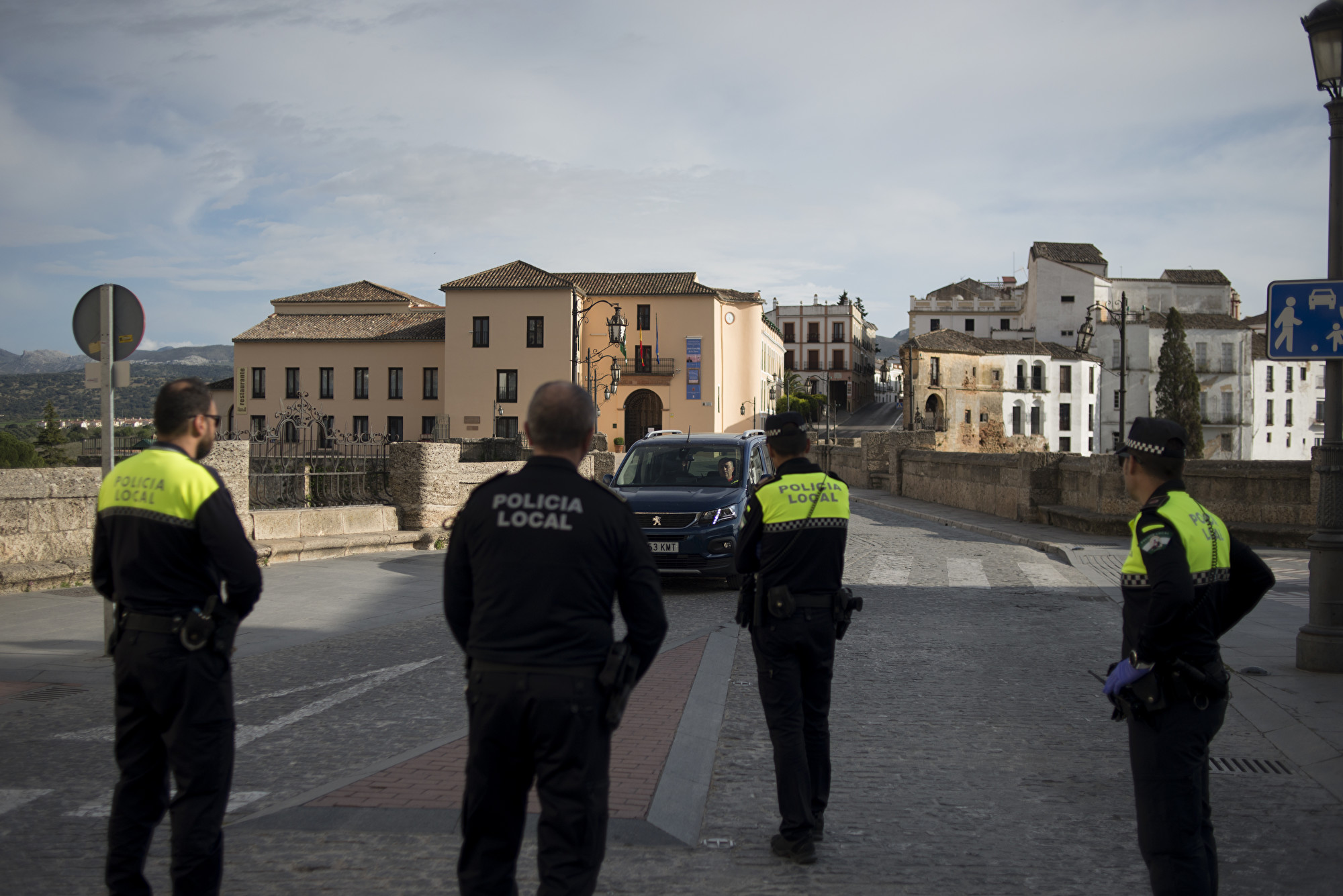 西班牙中共肺炎單日暴增2千例 死亡數翻倍