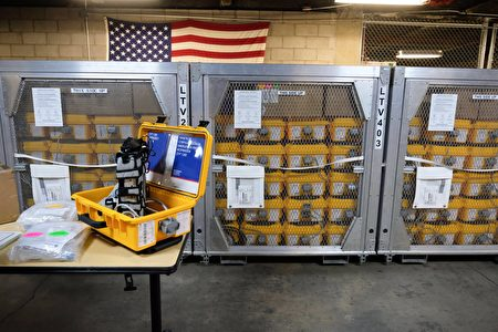 圖為聯邦政府調派400台呼吸機給紐約市,供醫院急救「中共病毒」(又稱武漢肺炎)的重症患者。