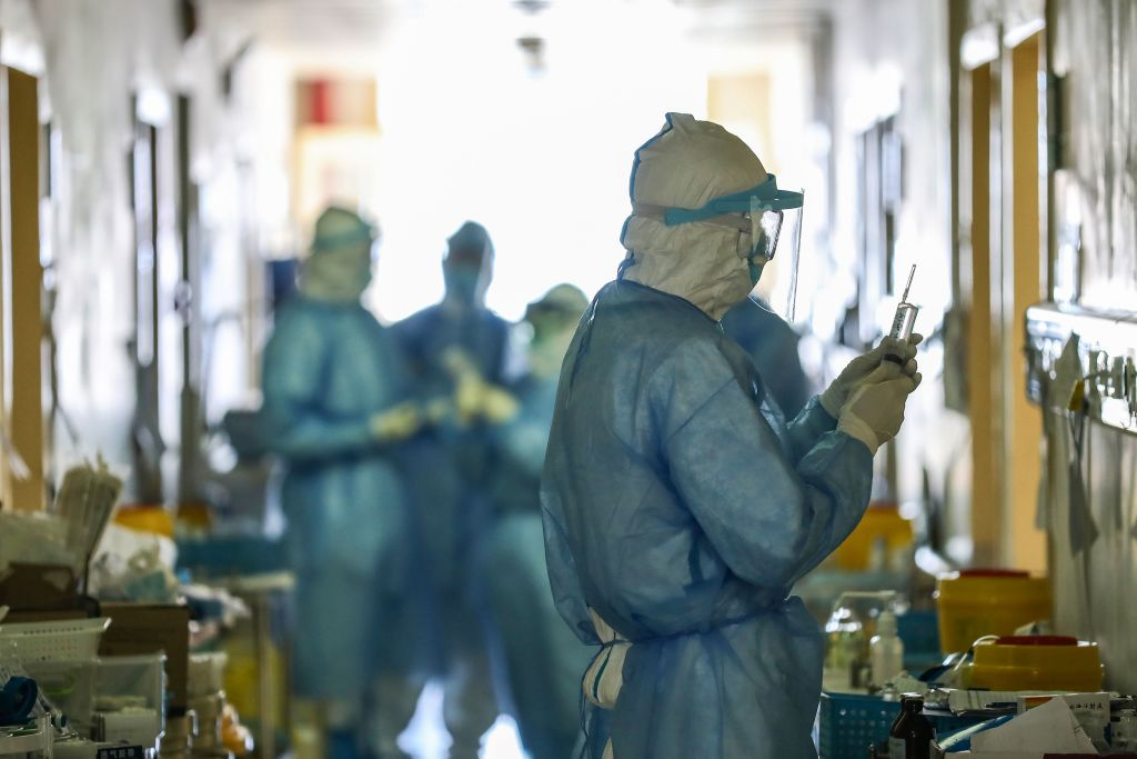 台灣外交部,在2019年底就發現武漢發生疫情,發信給世衛只收到回應「知道了」。圖為示意圖。(STR/AFP via Getty Images)