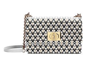 探索時尚美學 簡潔包款線條幻化優雅綴飾
