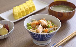 鲑鱼毛豆炊饭~一锅到底 轻松上桌