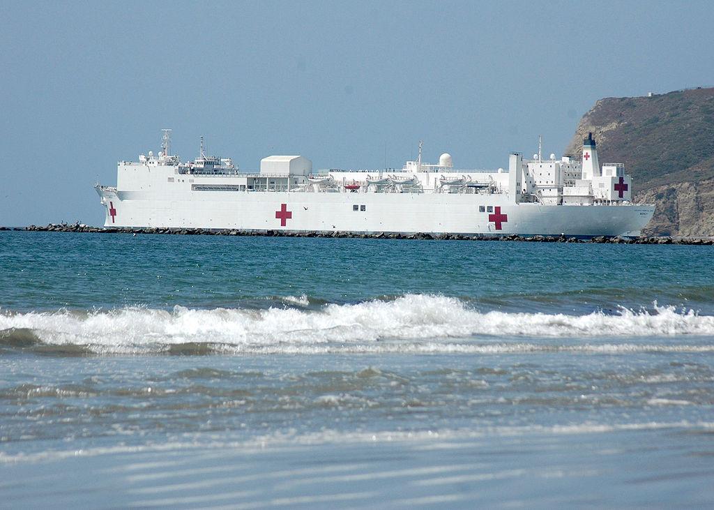 組圖:應對中共肺炎 美部署世界最大醫院船