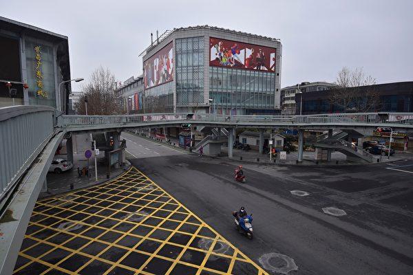 2020年2月26日,湖北武漢,街道上空蕩蕩。(STR/AFP via Getty Images)