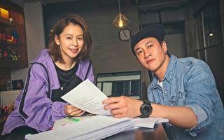 徐若瑄(左)跳脫演員身分首當製作人,與何潤東合作影集