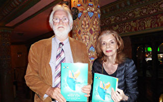 完美杰出 图书经销商支持神韵复兴传统文化