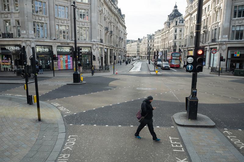 組圖:英國中共病毒疫情蔓延 倫敦街頭空蕩蕩