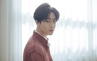 SUHO盼傳遞真心 《自畫像》50區iTunes奪冠