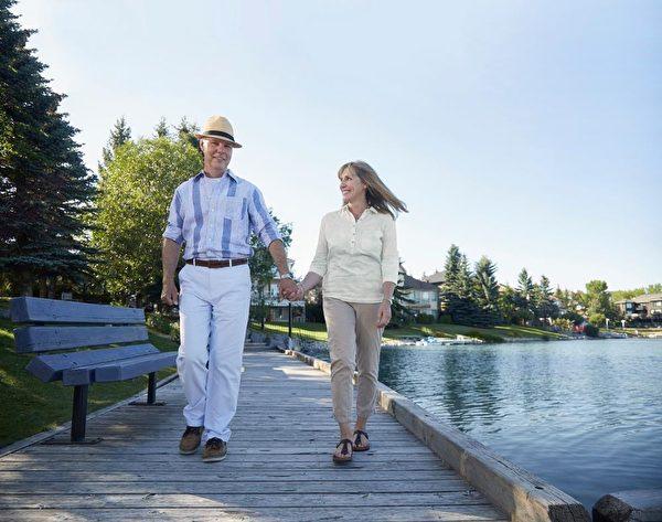 坐拥湖景的新屋 成熟社区的方便
